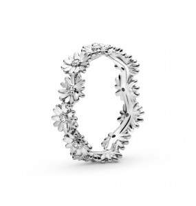 Daisy sterling silver ring with clear cubic zirconia